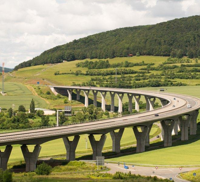 highway-2211588_1280